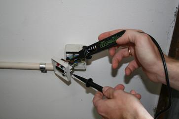 Elma 1000A - Voltage Tester, IEC 61010-1 CAT III 5703317639974