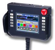 Håndholdt programmerbar terminal (HMI/berøringsskærm), 5,7 tommer, STN, 256 farver (4.096 farver til .BMP/.JPG), 320x240 pixels, 60MByte hukommelse, 24VDC, kræver NSH5 særlige kabel, sort sag (Rød Skift Emergency) NSH5-SQR10B-V2 250160